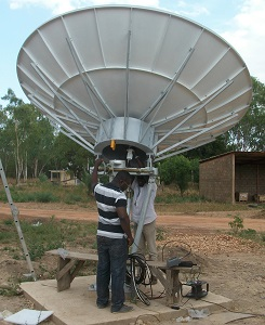 VSAT and broadband satellite internet dish terminal
