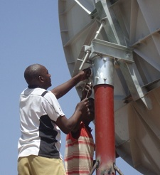 Adjusting the pointing of C band VSAT antenna