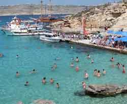 Blue lagoon swimming at Camino