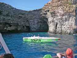 Speed boat for hire