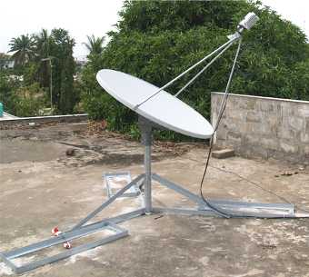 1.2m Andrew 123 antenna with non penetrating mount