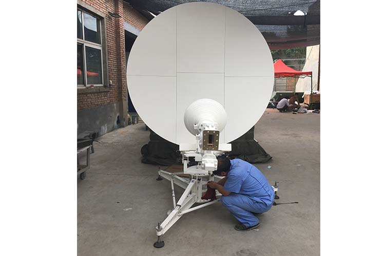 1_8m-manual-carbon-fiber-flyaway-antenna2.jpg
